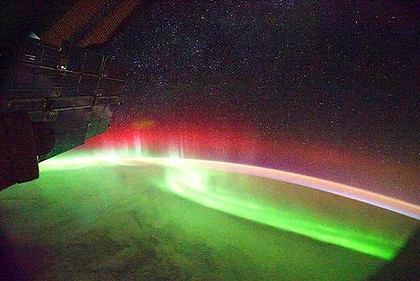 Camera to capture several hundred photographs of the aurora australis